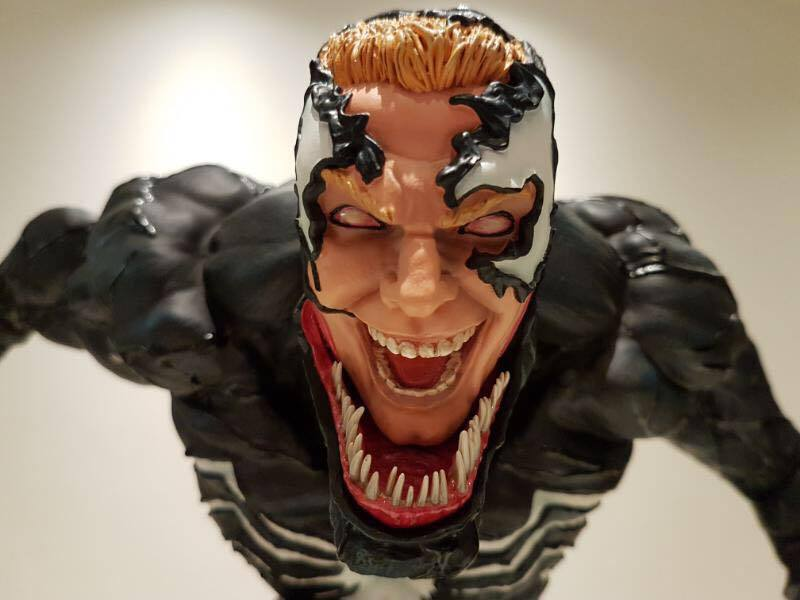 Premium Collectibles : Venom - Comics Version - Page 4 17861499_101542010307dzqrw