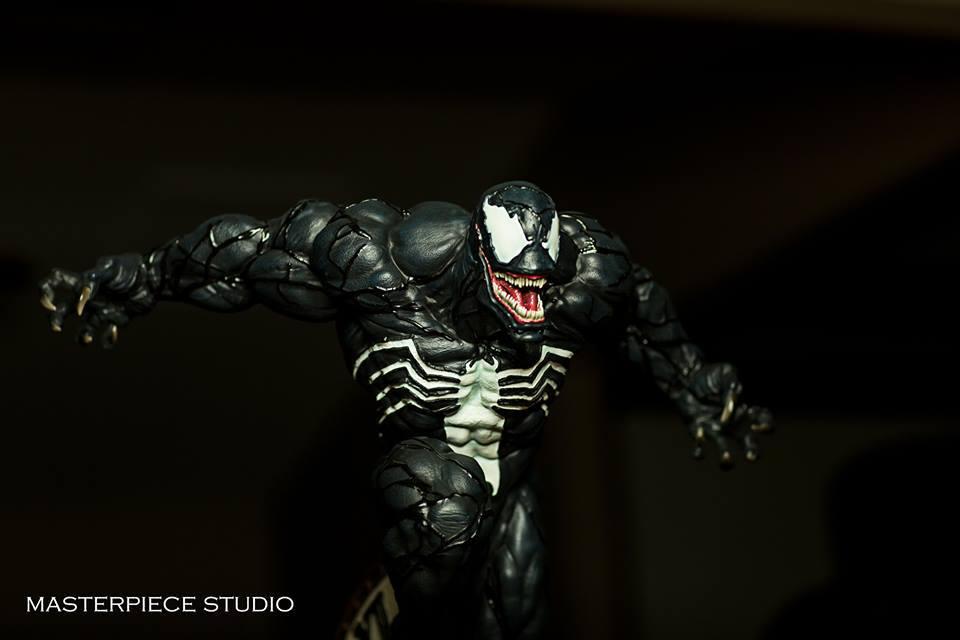 Premium Collectibles : Venom - Comics Version - Page 4 17861664_10209397591787y5u