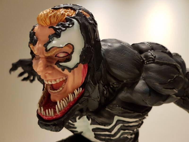 Premium Collectibles : Venom - Comics Version - Page 4 17862510_101542010307t9r6w