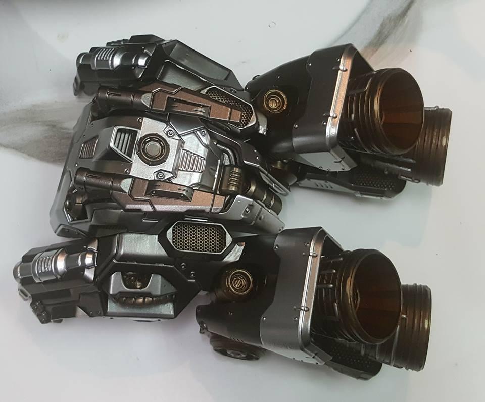 Premium Collectibles : Transformers - Optimus Prime (G1) 17862535_184826702206lxj08