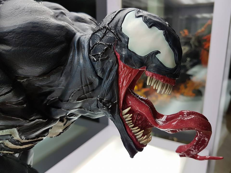 Premium Collectibles : Venom - Comics Version - Page 4 17884363_102116363235jbu62