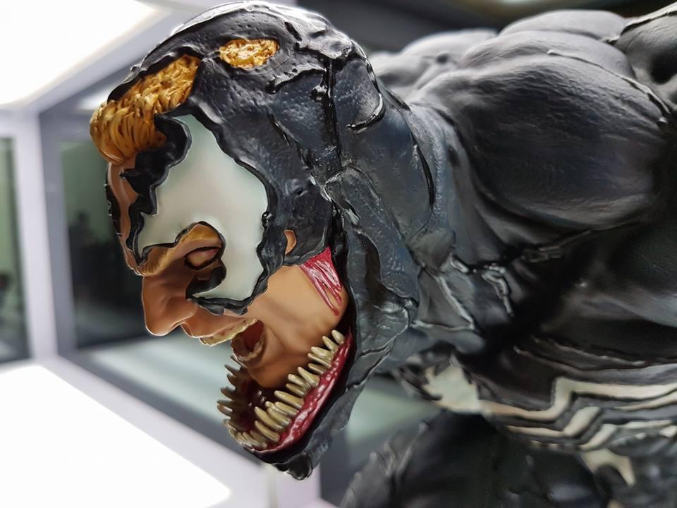 Premium Collectibles : Venom - Comics Version - Page 4 17903964_102116363350nzuo1