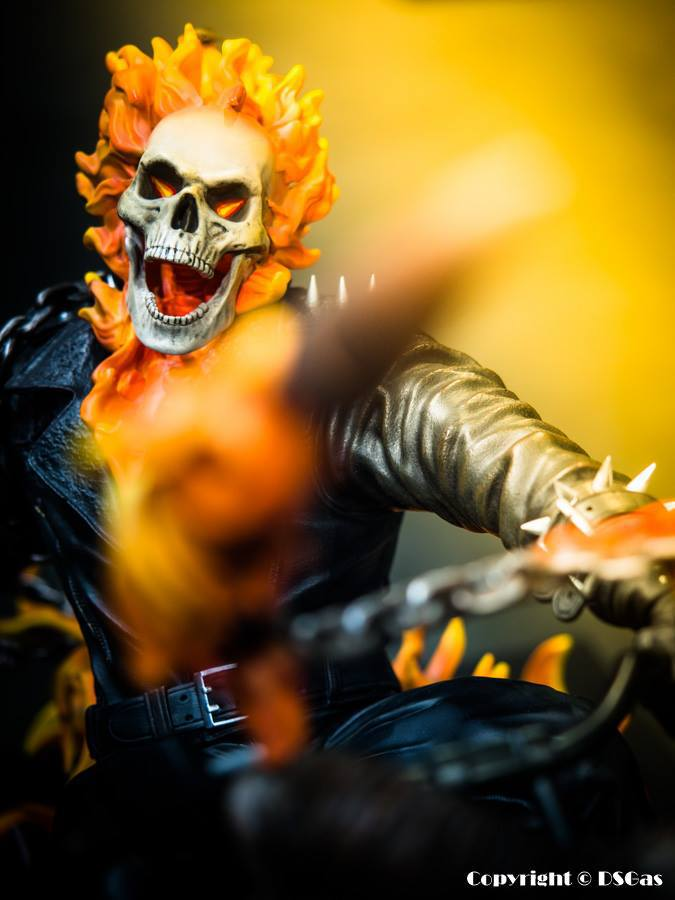 Premium Collectibles : Ghost Rider - Page 5 1796s6g