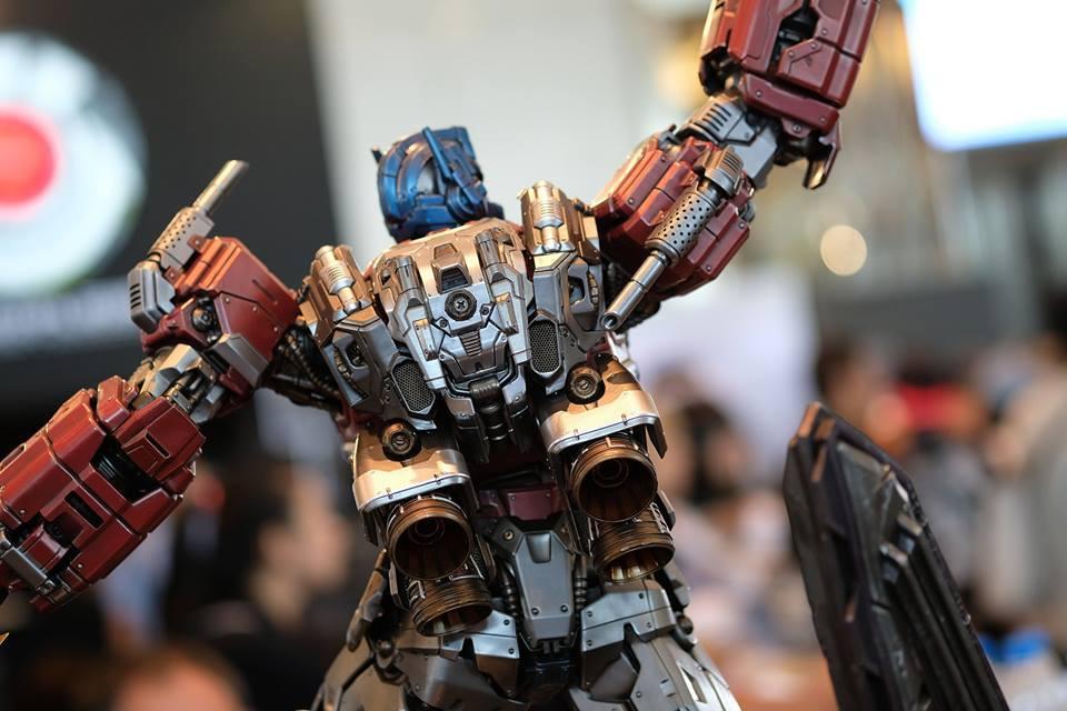 Premium Collectibles : Transformers - Optimus Prime (G1) 17991200_102089249910e0u6y