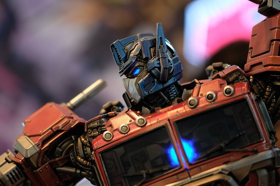 Premium Collectibles : Transformers - Optimus Prime (G1) 17991780_1020892498712bu1r