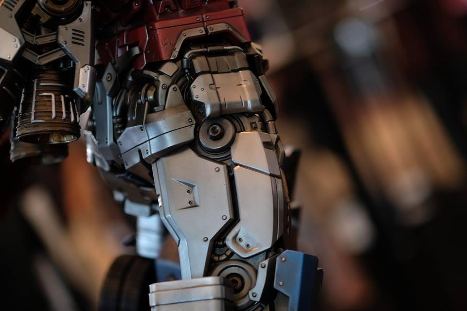 Premium Collectibles : Transformers - Optimus Prime (G1) 17992025_102089249919n4uez