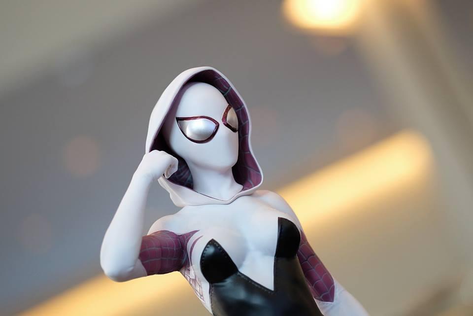 Premium Collectibles : Spider-Gwen 17992224_1020892523477ds9x