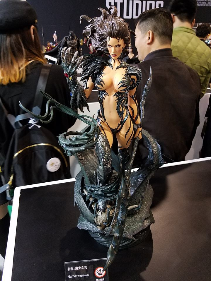Premium Collectibles : Witchblade - Page 4 179ukq7