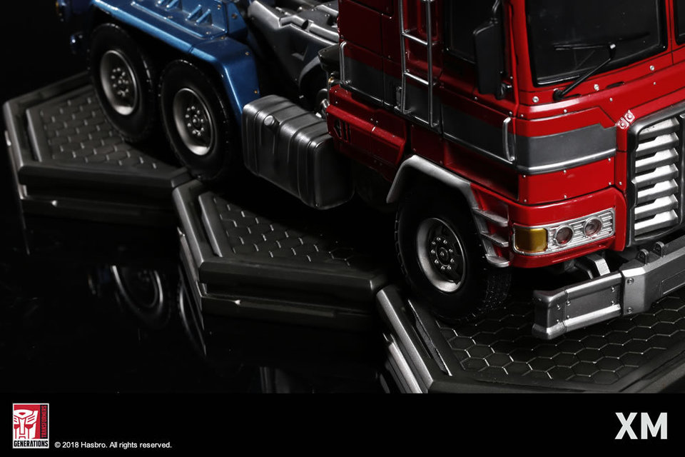 Premium Collectibles : Transformers - Optimus Prime (G1) - Page 2 17fjsjf