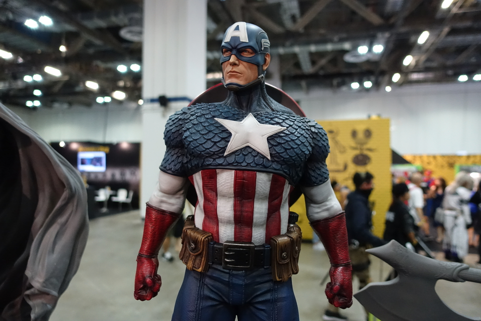 Premium Collectibles : Captain America 1/3 17jujti