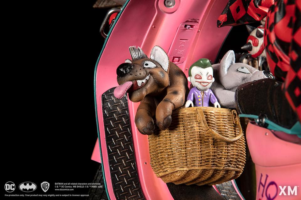 Premium collectibles : Harley Quinn** 17z1ksw