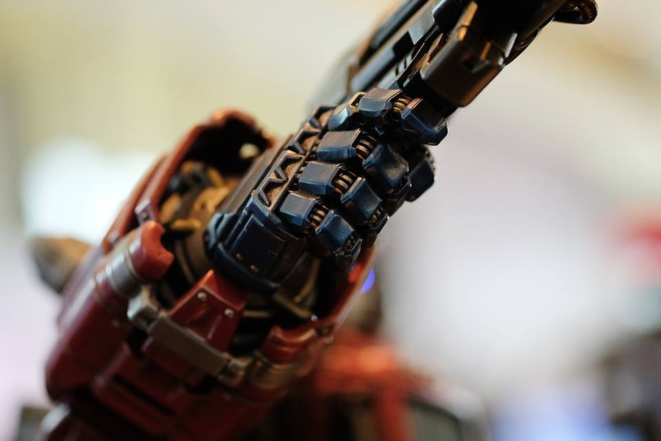 Premium Collectibles : Transformers - Optimus Prime (G1) 18056922_102089249889xbuf6