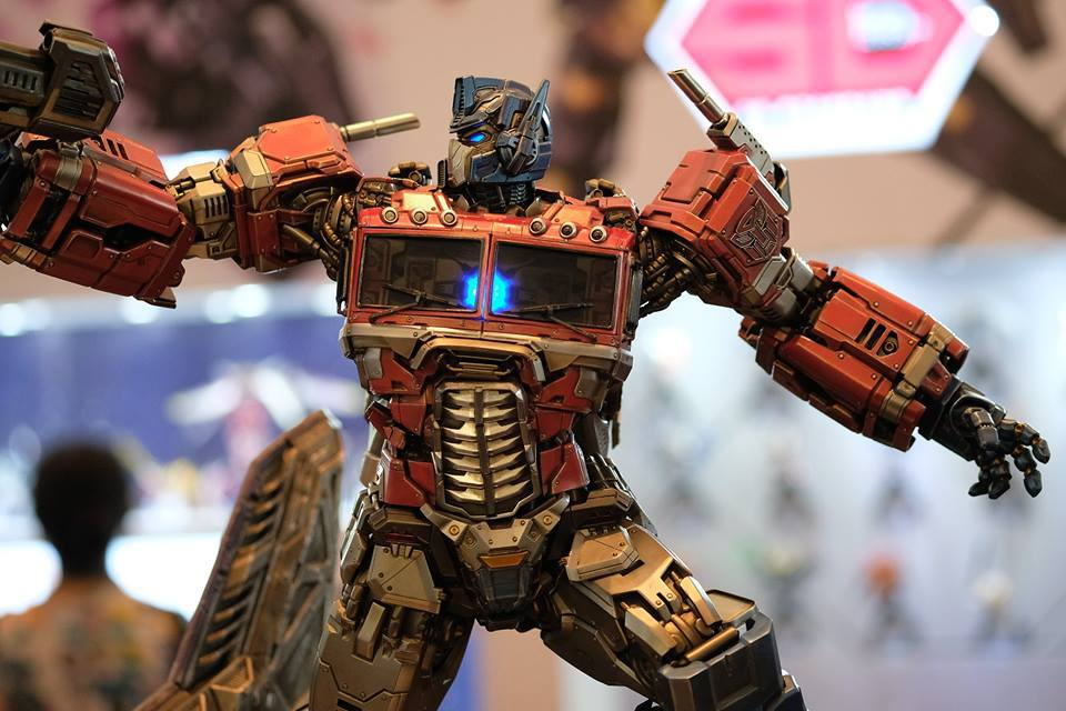 Premium Collectibles : Transformers - Optimus Prime (G1) 18056983_102089249869a3uje