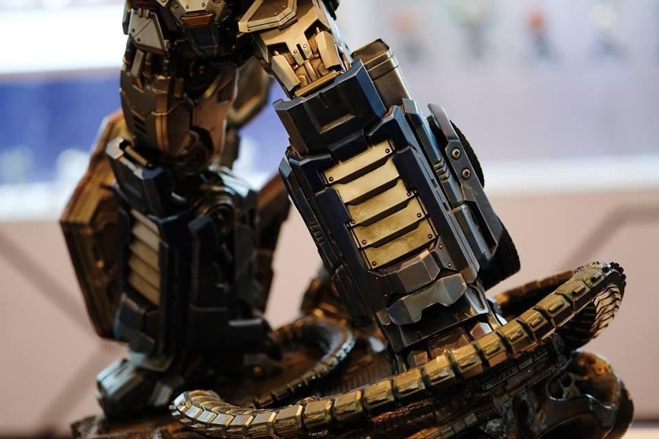 Premium Collectibles : Transformers - Optimus Prime (G1) 18057018_102089249926heu3q
