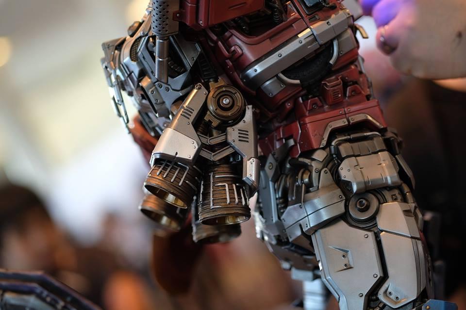 Premium Collectibles : Transformers - Optimus Prime (G1) 18057142_102089249915gqum1