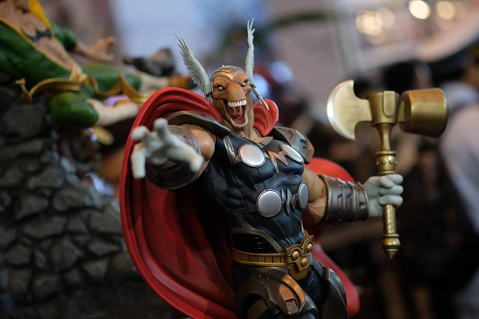 Premium Collectibles : Beta Ray Bill - Page 2 18057704_10208925119189kqr