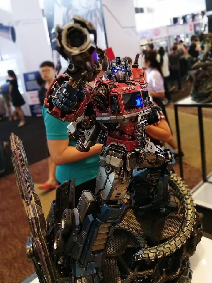Premium Collectibles : Transformers - Optimus Prime (G1) 18057901_102089249834mkuse