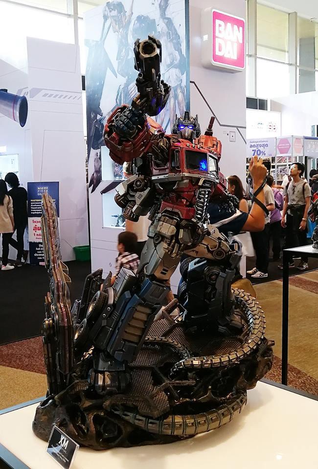 Premium Collectibles : Transformers - Optimus Prime (G1) 18118469_102089249833oiup0