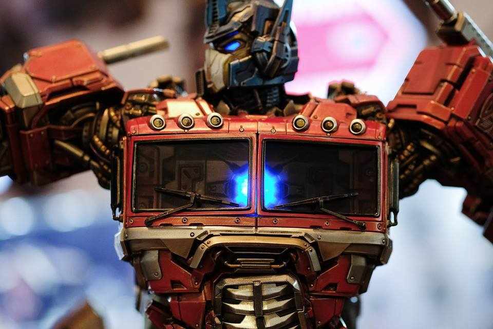 Premium Collectibles : Transformers - Optimus Prime (G1) 18118496_102089249877ayueh