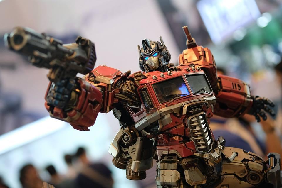 Premium Collectibles : Transformers - Optimus Prime (G1) 18118617_102089249845xjuky