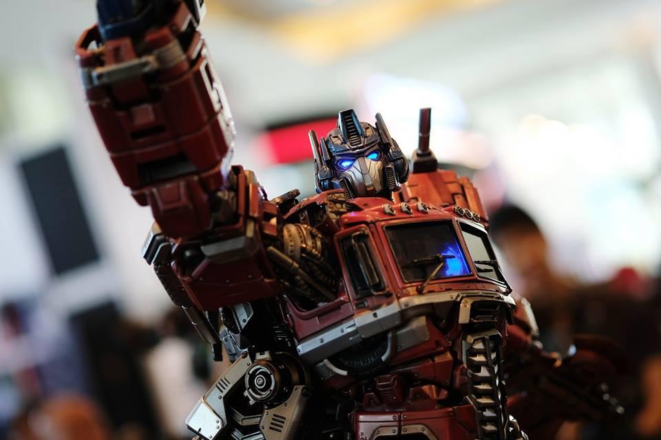 Premium Collectibles : Transformers - Optimus Prime (G1) 18119317_102089249840nkuwl
