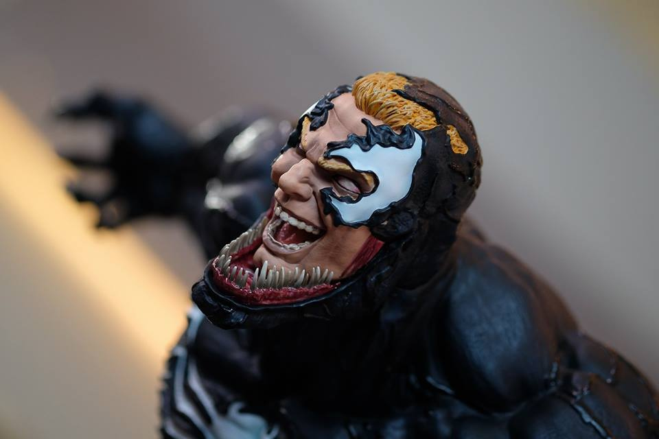 Premium Collectibles : Venom - Comics Version - Page 4 18119346_102089252731ekjev