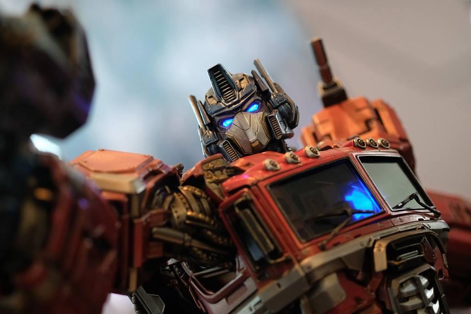 Premium Collectibles : Transformers - Optimus Prime (G1) 18119356_102089249843vuuu9