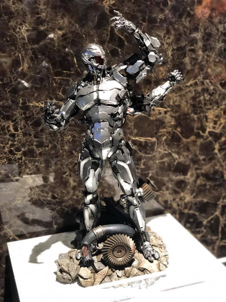 Premium Collectibles : Ultron 181j4e