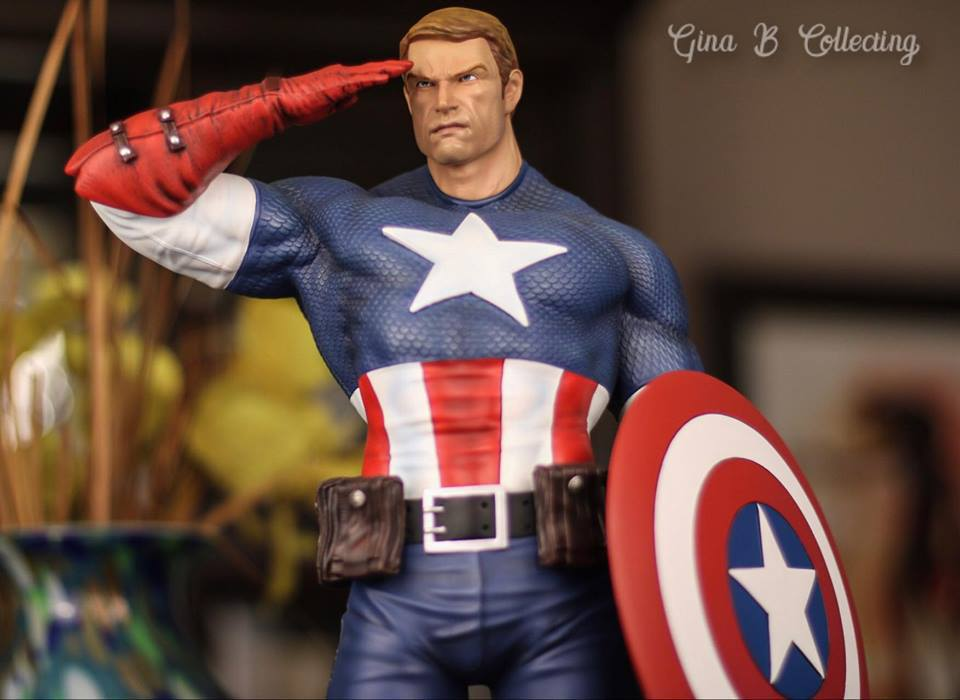 Premium Collectibles : Captain America - Sentinel of liberty - Page 5 1822kd7