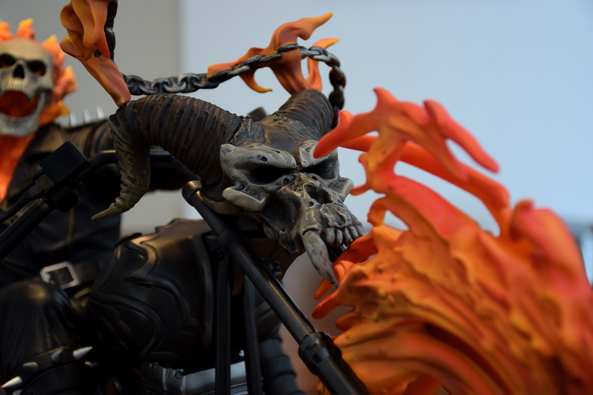 Premium Collectibles : Ghost Rider - Page 4 184eu7n