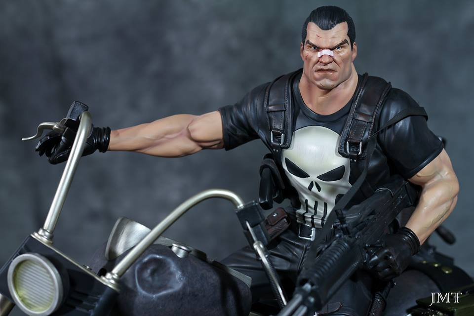 Premium Collectibles : Punisher - Page 6 18622269_101544085142gsj4x