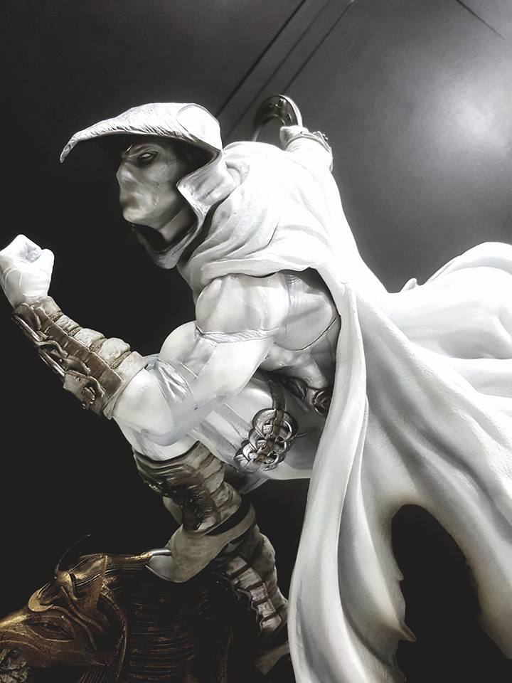 Premium Collectibles : Moon Knight 18813155_187449633277pvu31