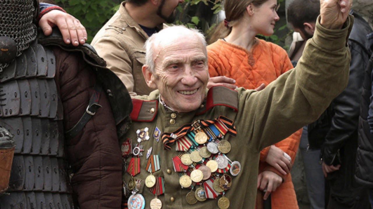 Vétéran au jour de la victoire 18_133gkca