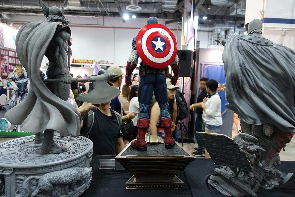 Premium Collectibles : Captain America 1/3 18jkj7r
