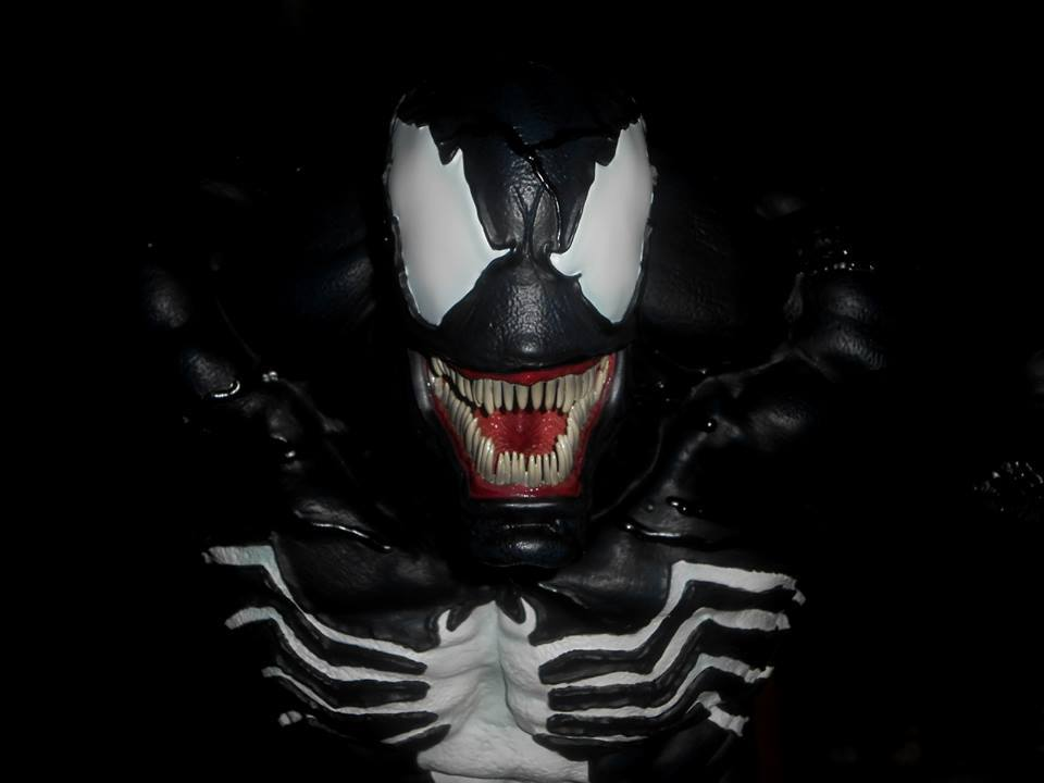Premium Collectibles : Venom - Comics Version - Page 5 19225539_154657743539yxs5i