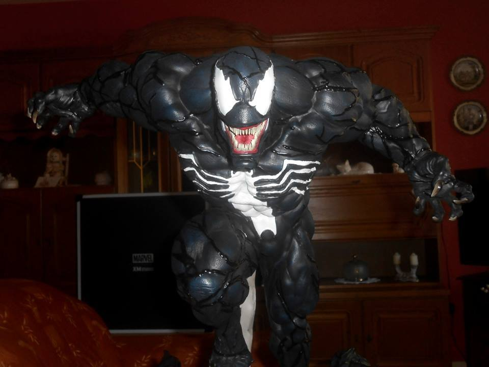 Premium Collectibles : Venom - Comics Version - Page 5 19397075_154657748872elsbm