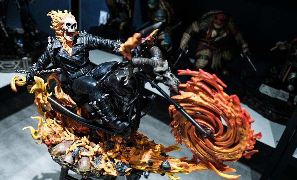 Premium Collectibles : Ghost Rider - Page 6 19xss2i