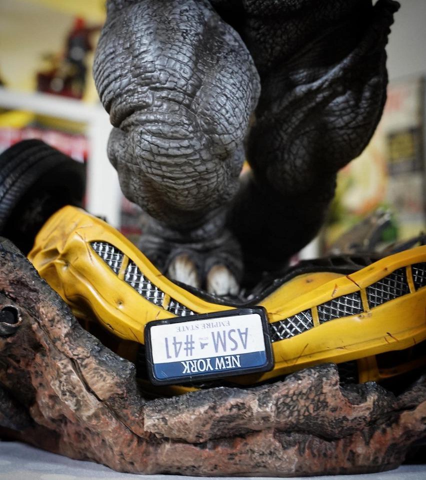 Premium Collectibles : Rhino** 1aa5jts