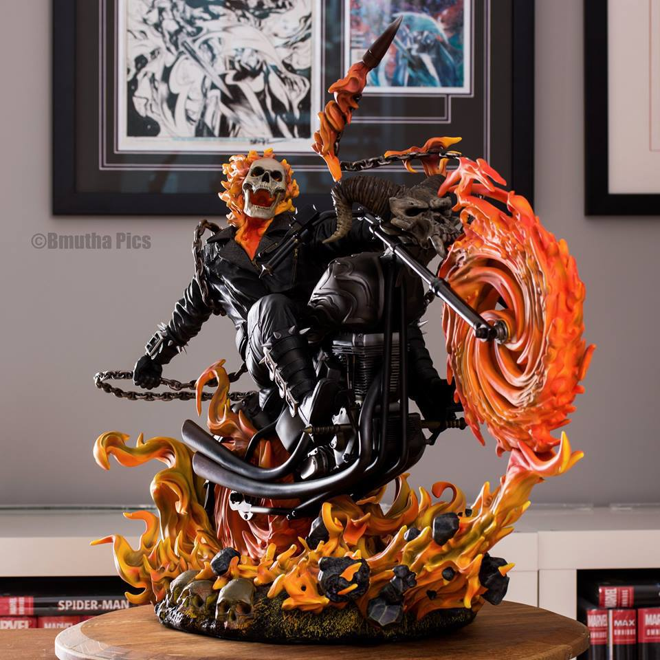 Premium Collectibles : Ghost Rider - Page 5 1j5syn