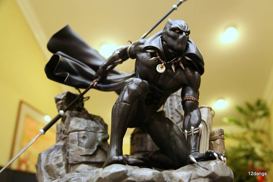 Premium Collectibles : Black Panther - Page 8 1ldunm