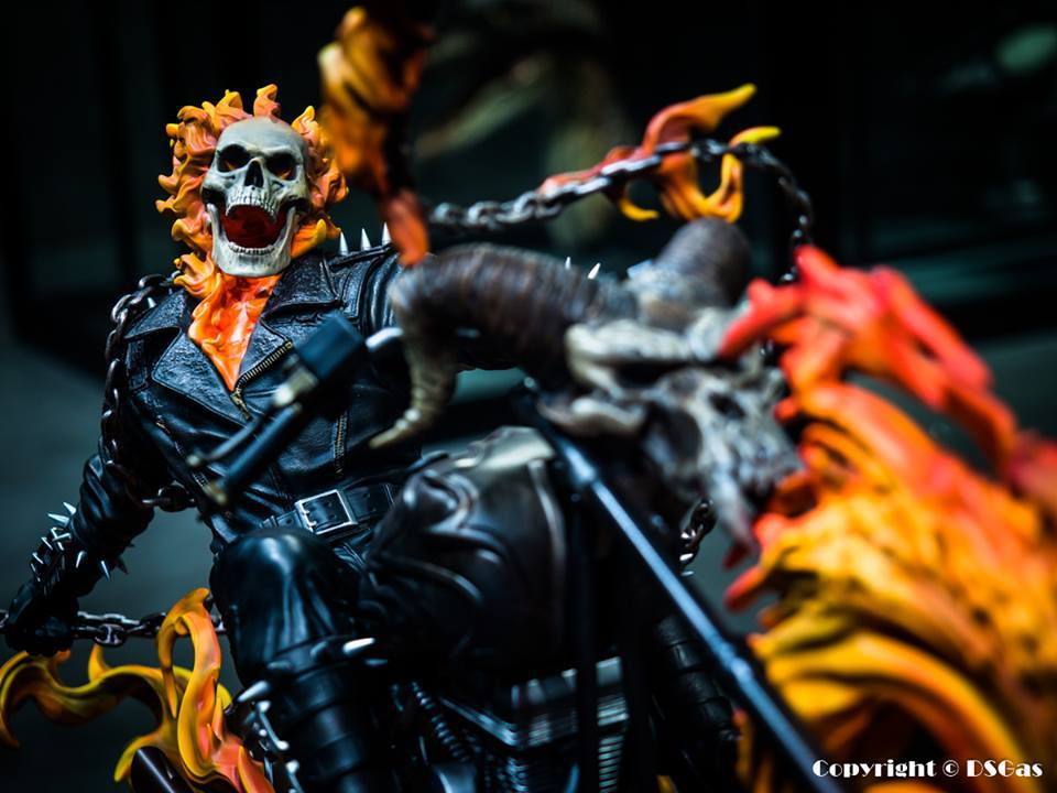 Premium Collectibles : Ghost Rider - Page 5 1n3s1a