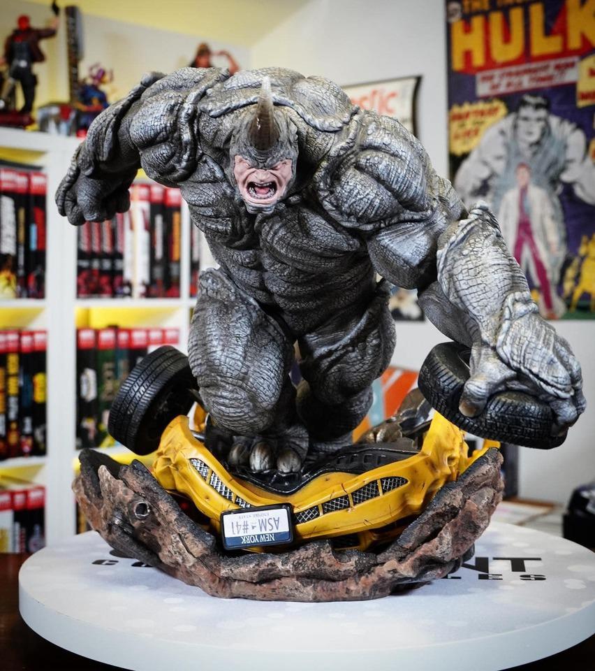 Premium Collectibles : Rhino** 1ohk78