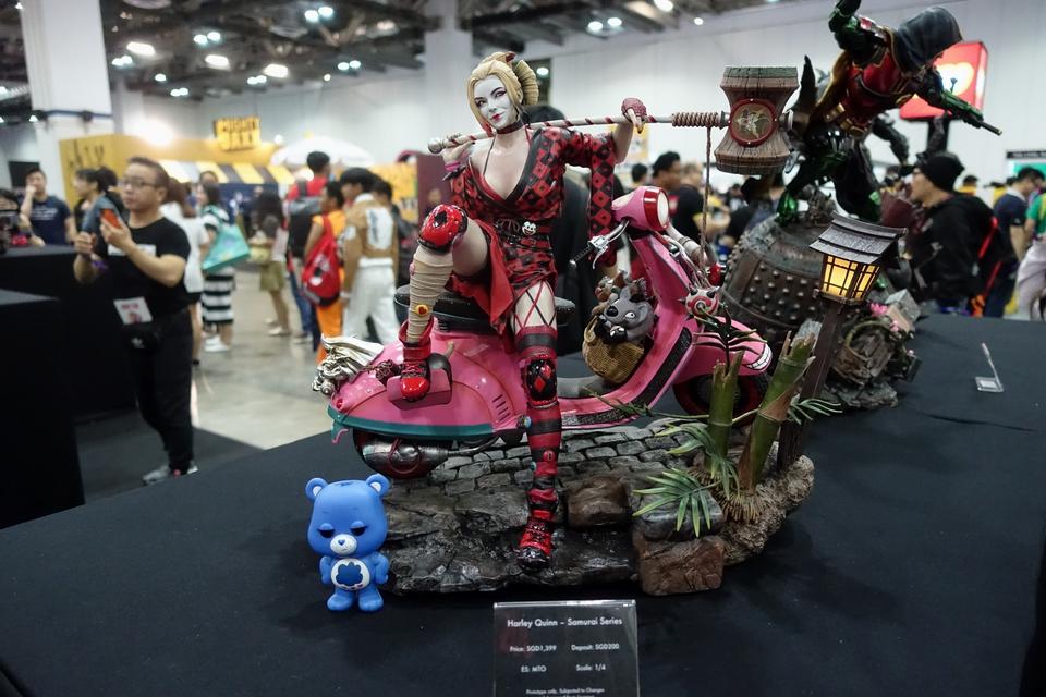 Premium collectibles : Harley Quinn** 1okj46