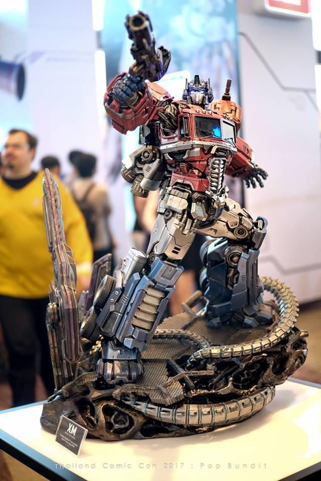 Premium Collectibles : Transformers - Optimus Prime (G1) 1w7s30
