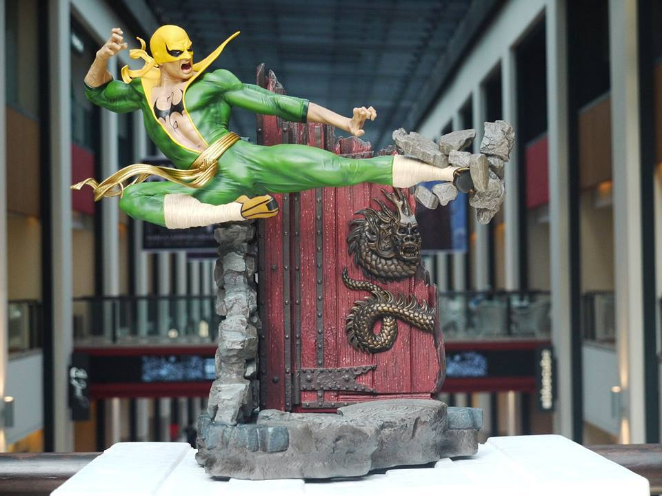 Premium Collectibles : Iron Fist - Page 4 1wij1u