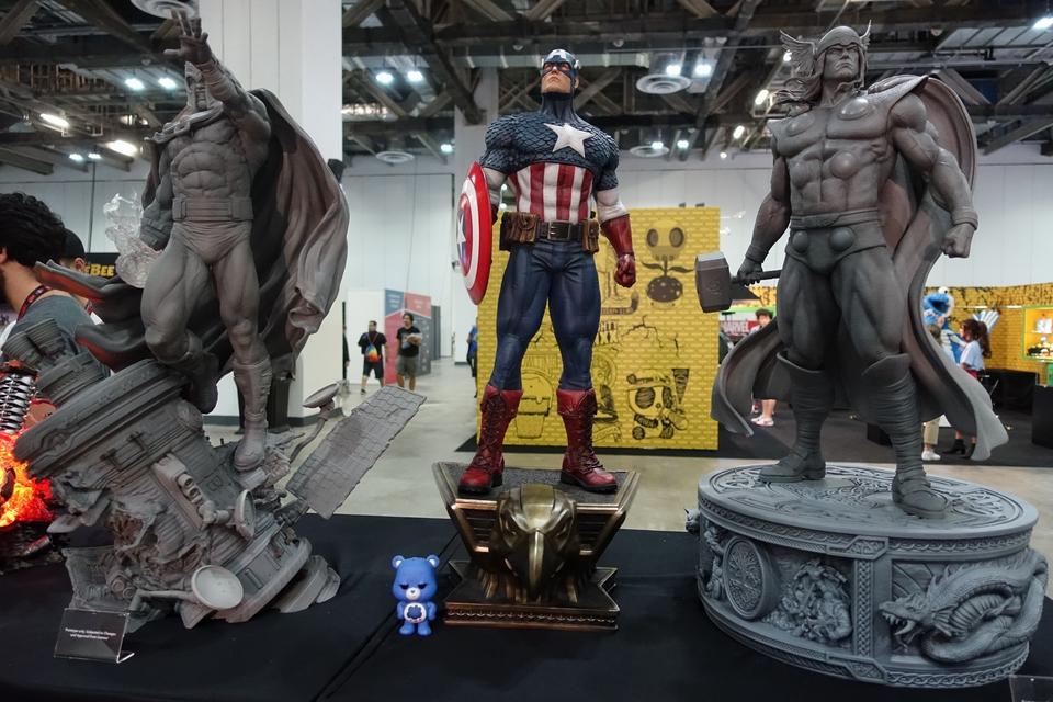 Premium Collectibles : Captain America 1/3 1yck07