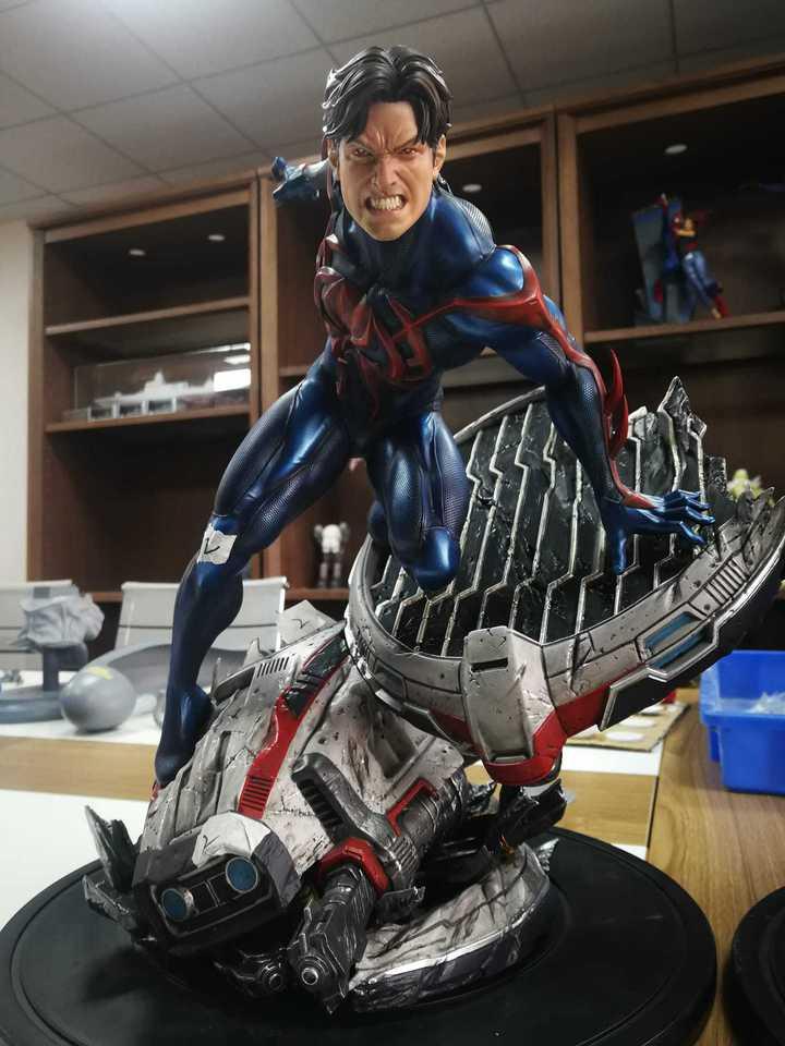 Premium Collectibles : Spider-Man 2099 1zdj9k