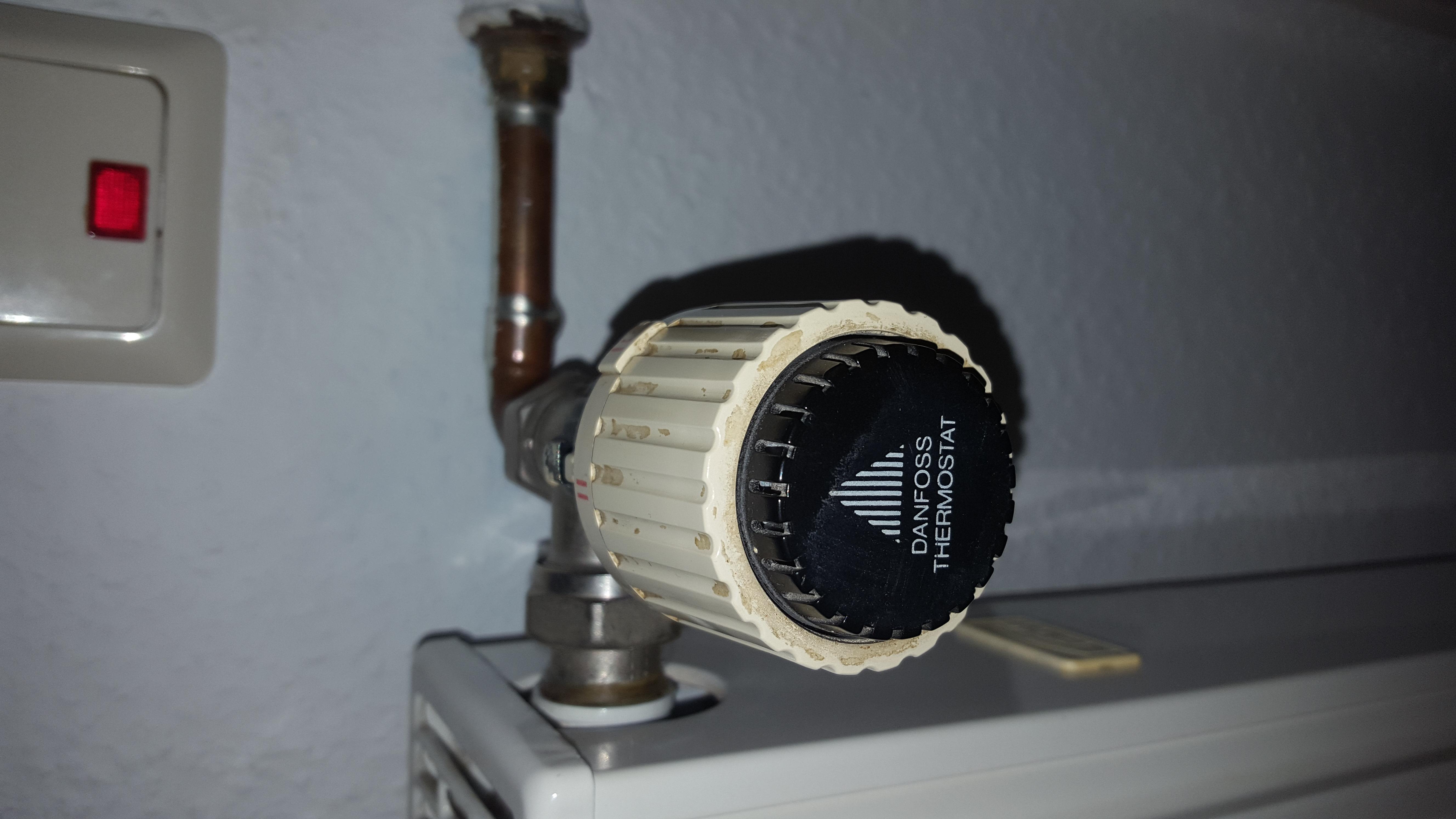 Top Wie wechsel ich dieses Danfoss Thermostat? - HaustechnikDialog YU71