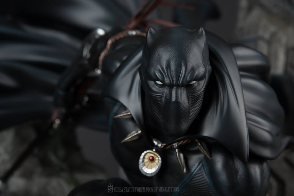Premium Collectibles : Black Panther - Page 6 201ruye