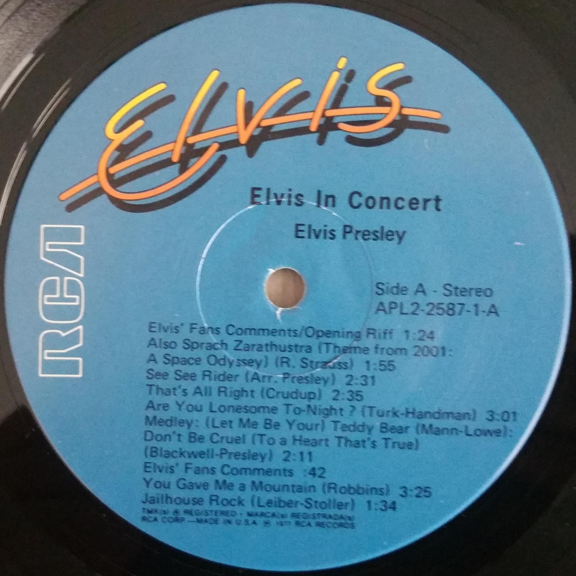 ELVIS IN CONCERT 20200509_095838hkjyv